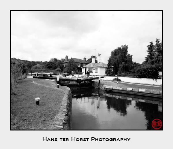 Grand Union Canal: Stockers lock & House