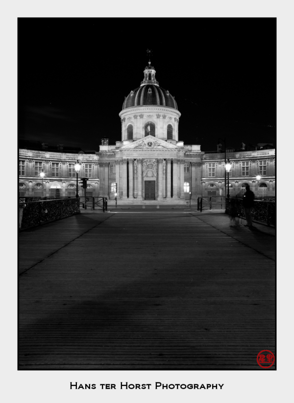 L'Académie française at night