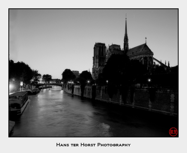 Notre Dame at night from the Pont de l'Archevêché