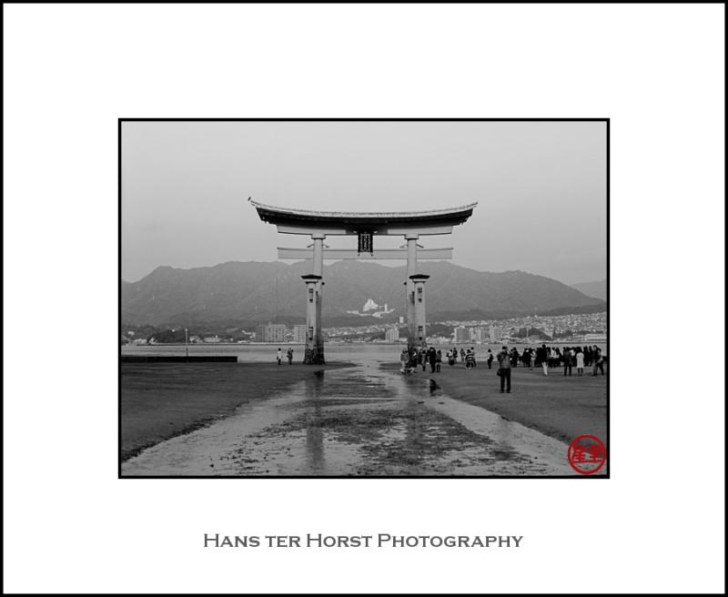 Once more, the Torii on Miyajima