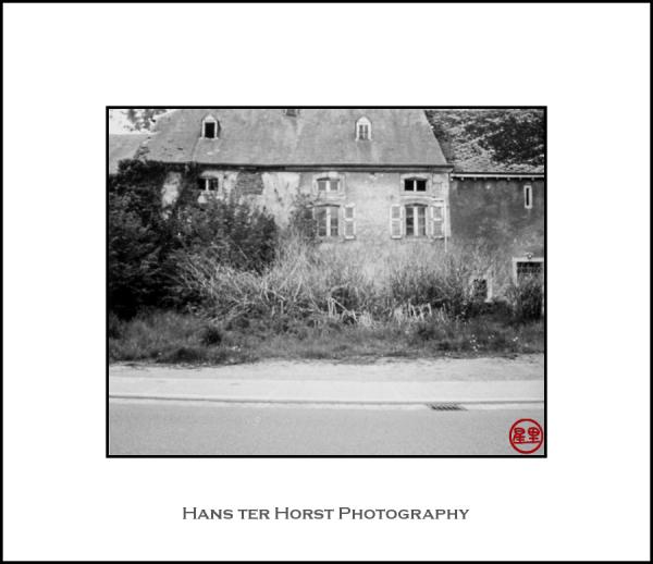 Pinhole: Abandoned farmhouse
