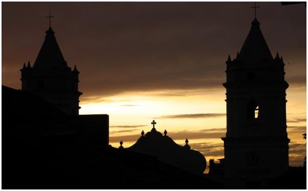 Casco Viejo, La Iglesia Metropolitana