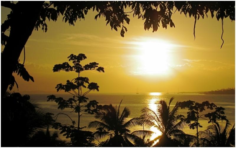 panama bocas-del-toro sunset silhouette