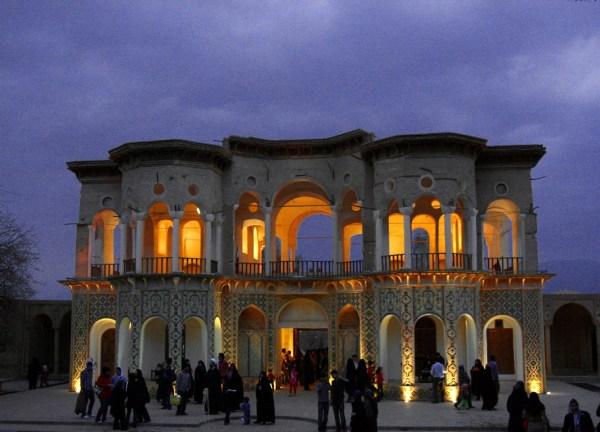 Shahzadeh Garden (1)