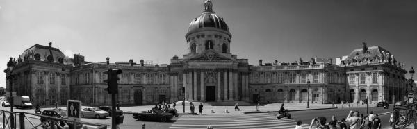A shot of the Institut de France.