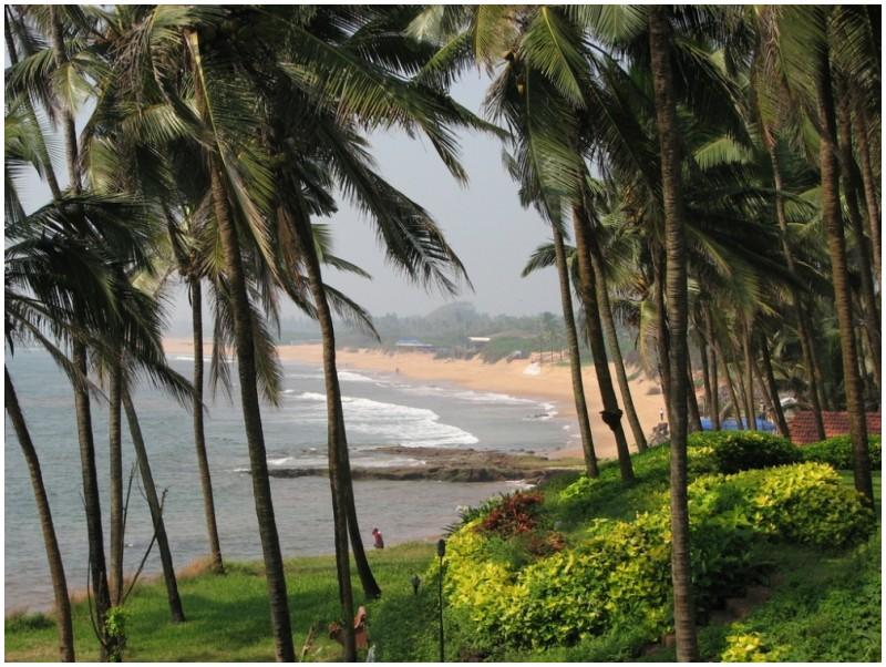 Sinquerim Beach in North Goa