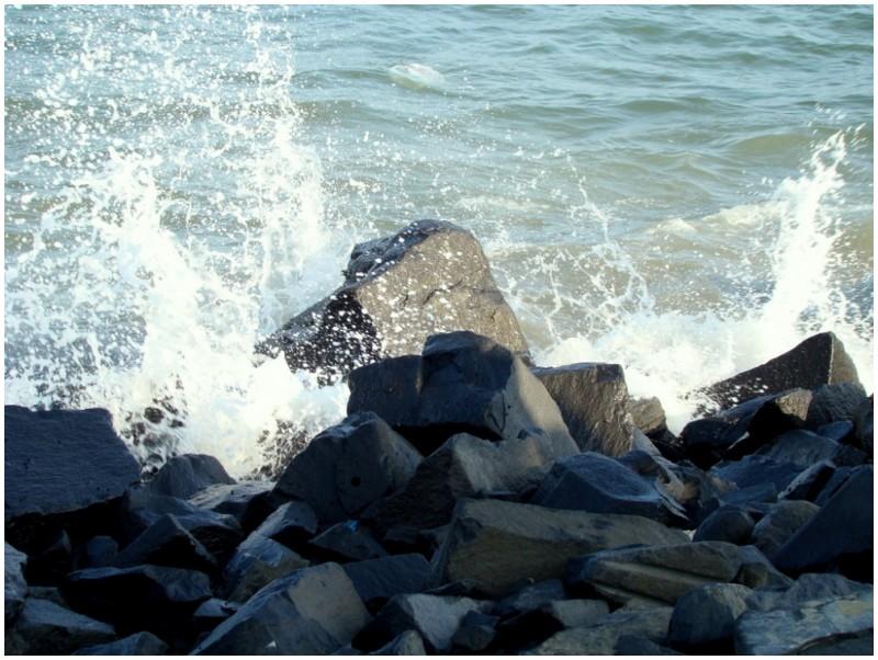 The sea at Pondicherry, Tamil Nadu