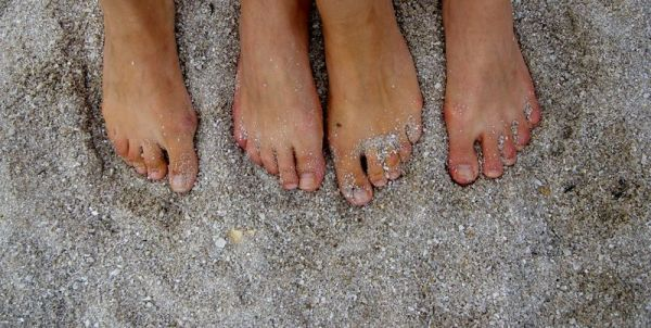 Feet and feet - 2009