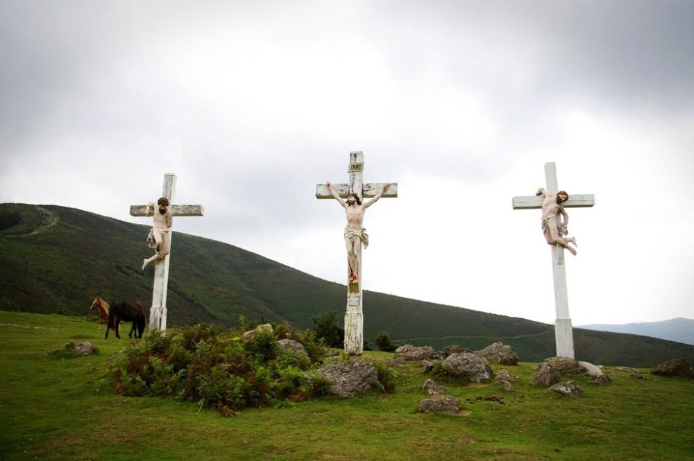 Erebi, 3 croix