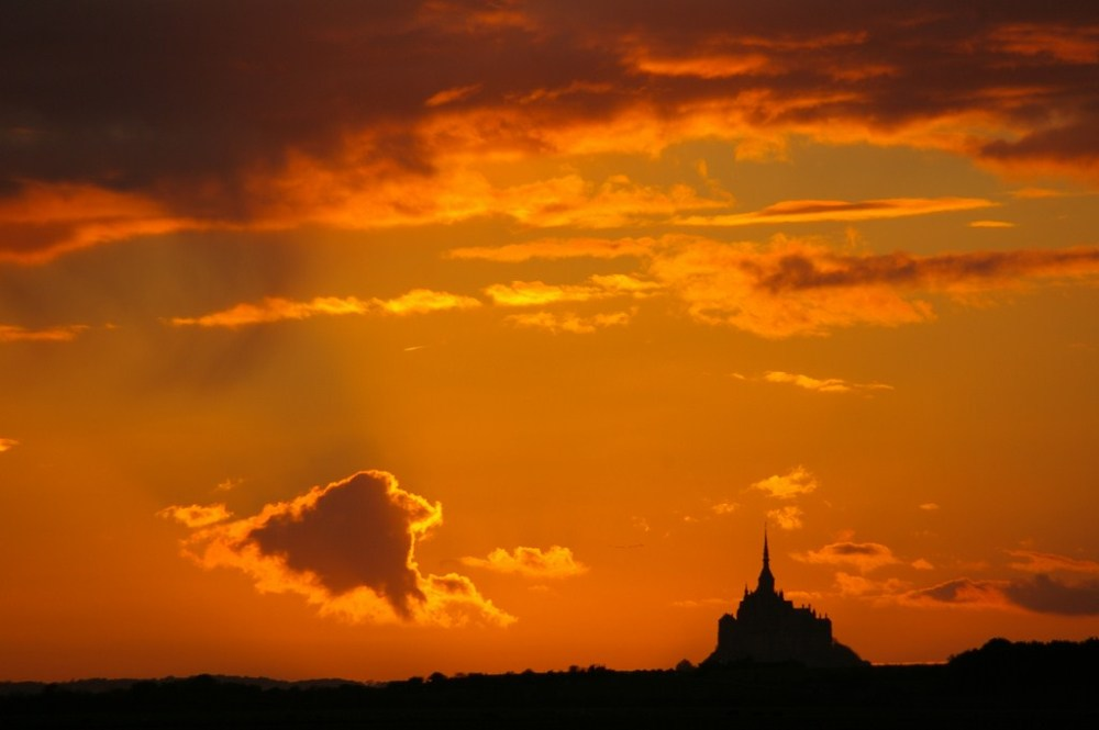 baie mont-saint-michel sunset normandie