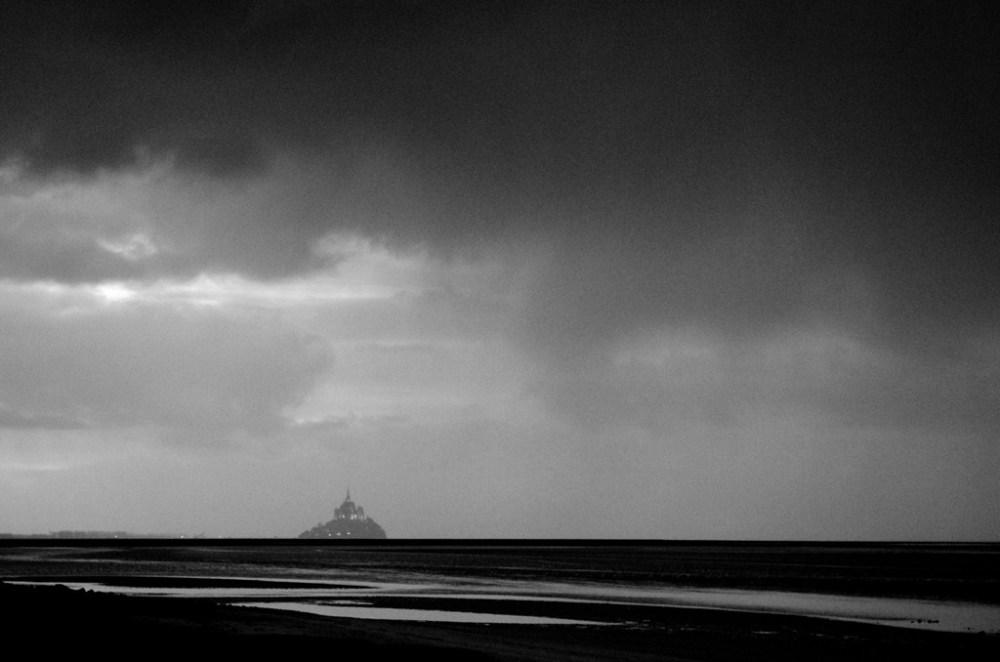baie mont-saint-michel normandie roche torin