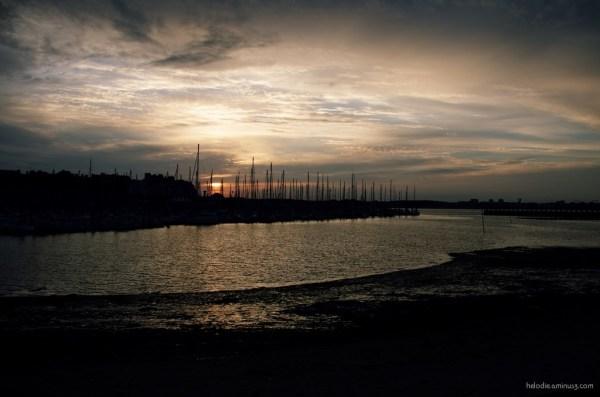 port-louis bretagne port sunset