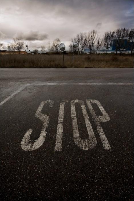 STOP: Difícil decisión