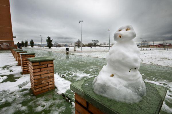 Muñeco de hielo en el Campus Miguel Delibes