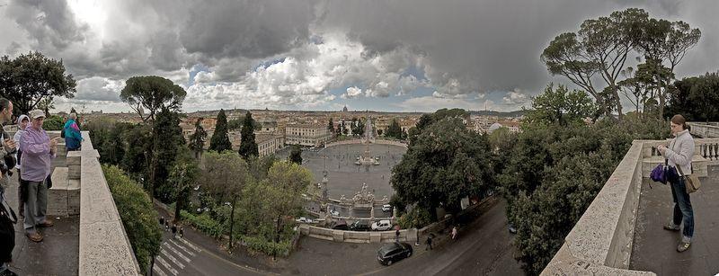 Panorámica de la Plaza del Pueblo en Roma