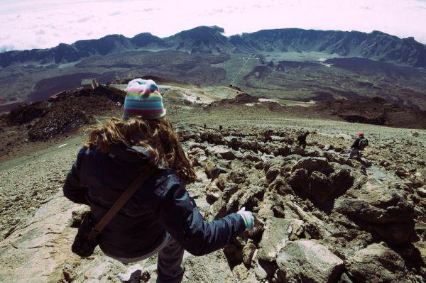 Marta bajando del Teide