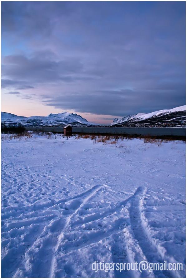 Tromso Twlight, Airport Grounds