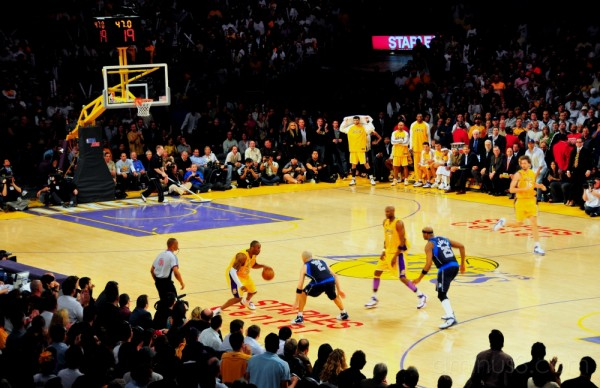 Kobe vs Kidd in the final minute