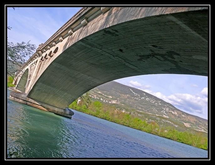 Pont sur le Rhône