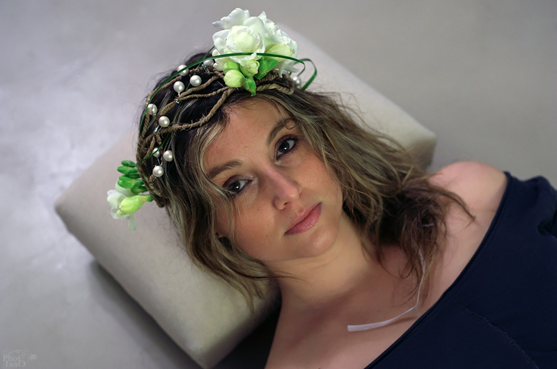Dorothée... des fleurs dans les cheveux !