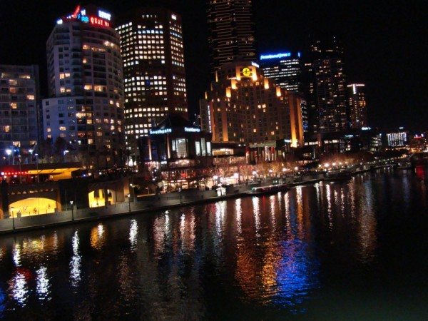 Yarra river by the night