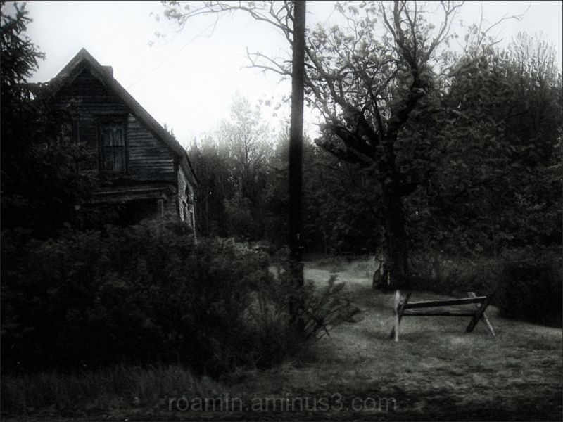 abandoned farmhouse wooded secluded spooky roamin