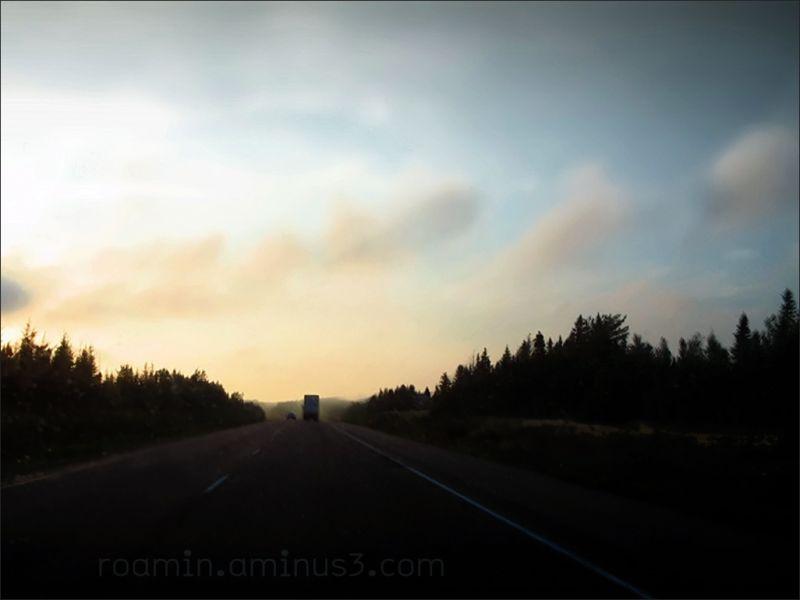 dusk nightfall north elvis-costello highway roamin