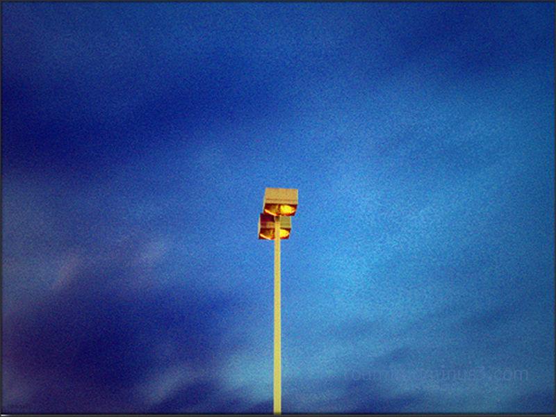 dusk nightfall north standard light highway roamin