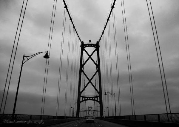 A passenger view of Lions Gate Bridge in Vancouver