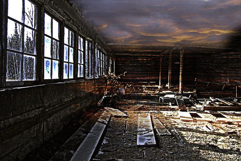Psychodelic rendition of decayed room