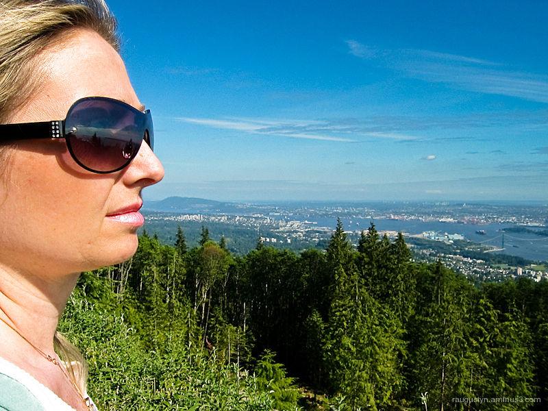 Beautiful women overlooking Vancouver harvour