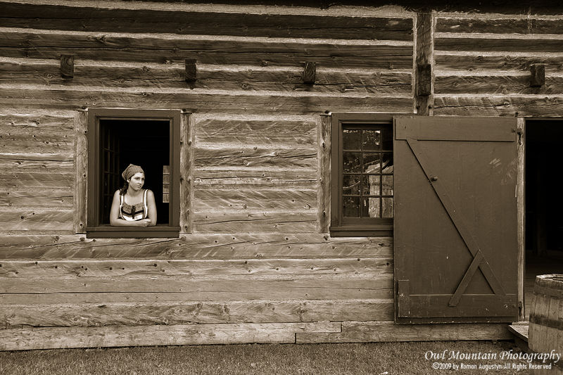 early canada settlers in old building