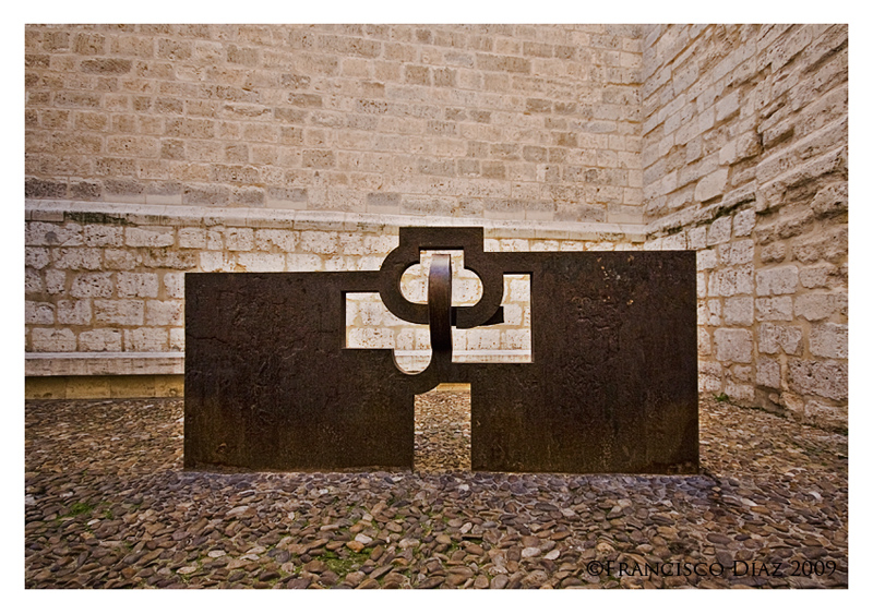 Eduardo Chillida: homenaje a Jorge Guillén - Art & Design Photos ...