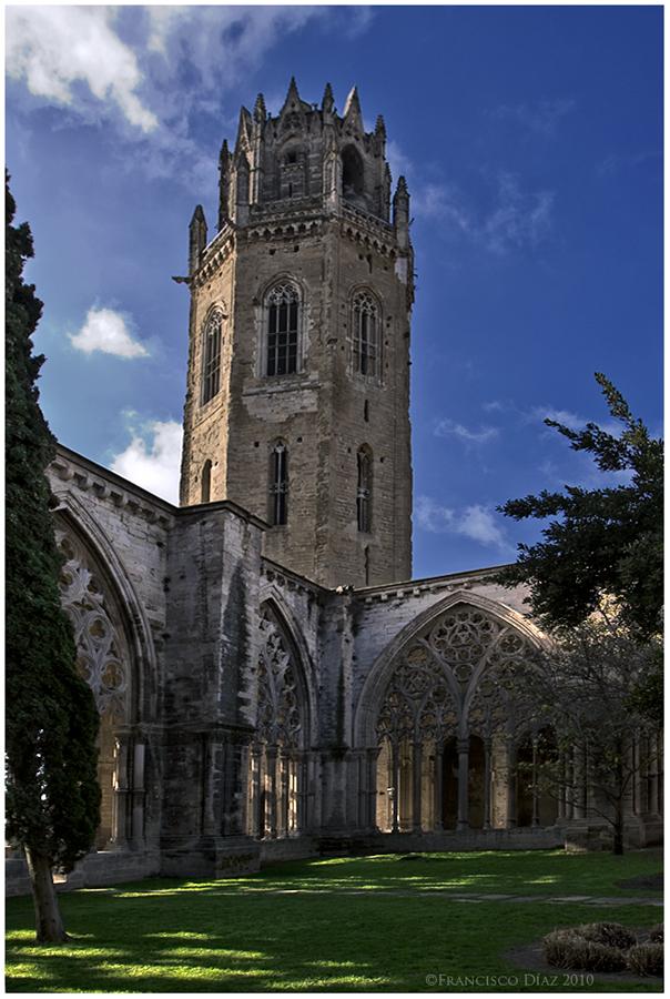 Catedral de Lérida, claustro y torre.