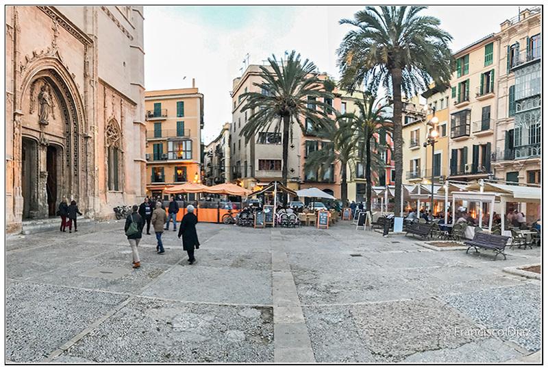 Plaza de la Lonja