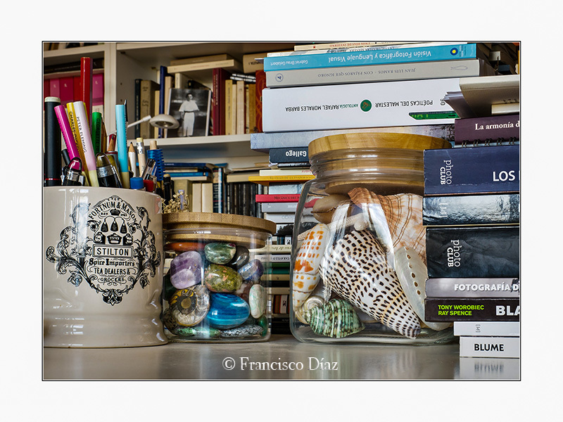 Libros y tarros