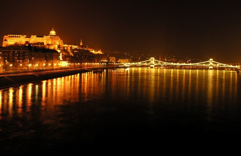 Bridge over the Danube at night, Budapest