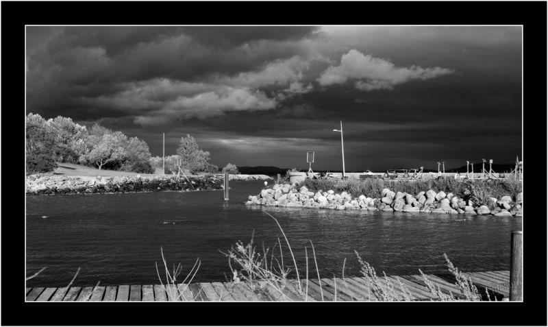 Le lac sans ses couleurs