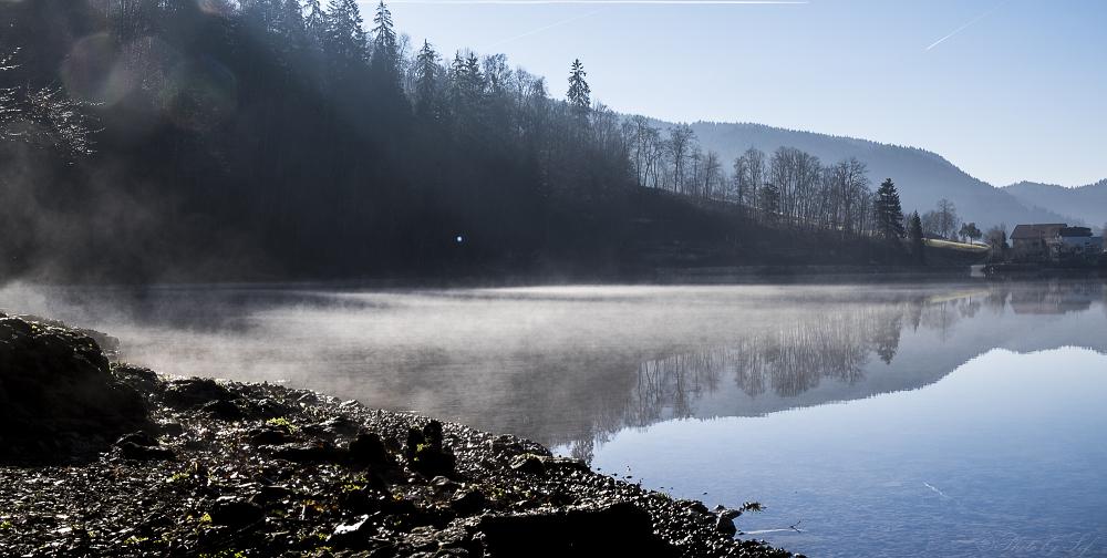Le lac des Brenets