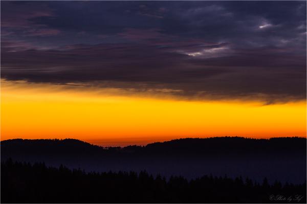 Lever du soleil à la Vue des Alpes