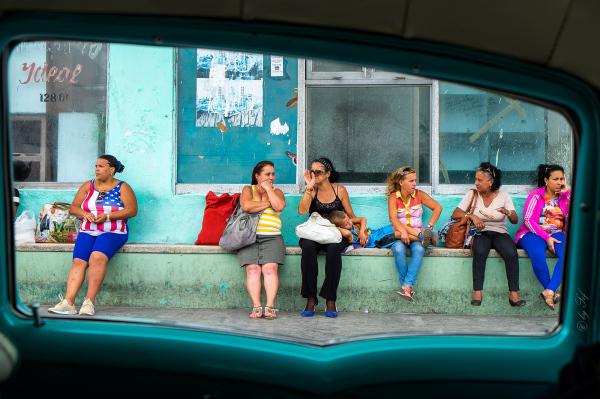 En attendant le bus ou ??