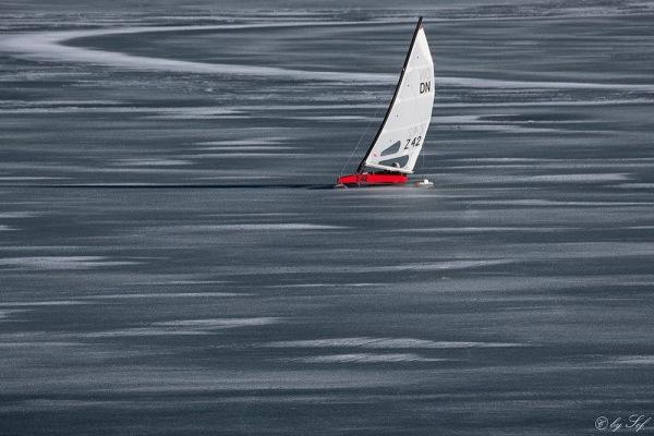 Glicer sur le lac gelé