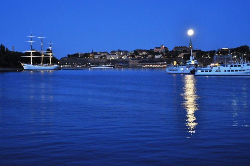 night harbour stockholm moon ships