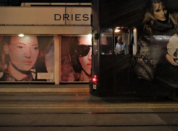 tram stop solitude... (finale)
