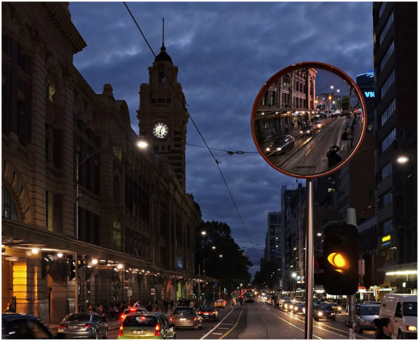 photographing flinders street station