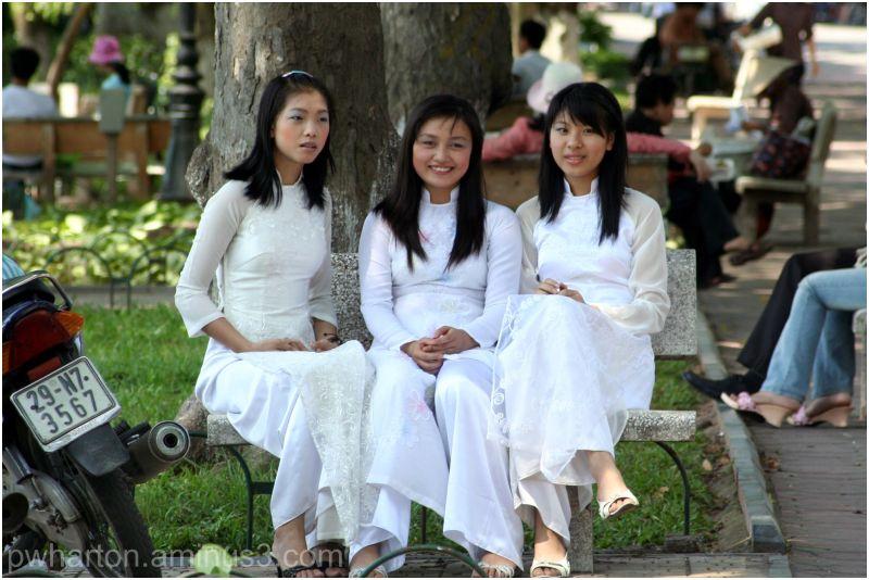 Young women in Hanoi, Vietnam