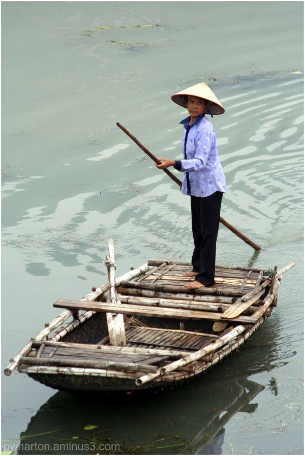 tour boats Vietnam