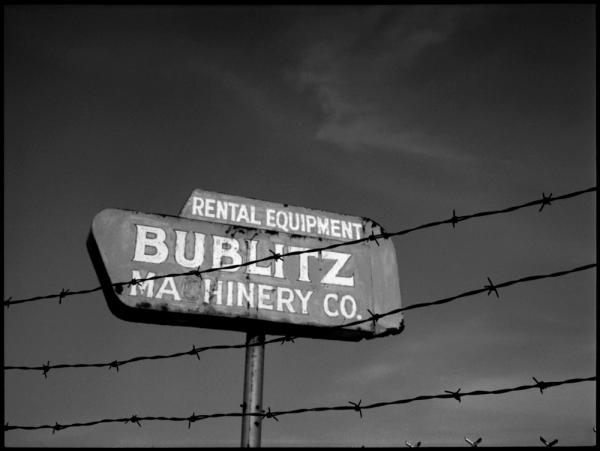 bublitz machinery sign - grant edwards photography