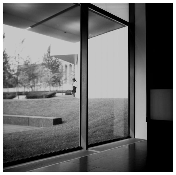 nelson-atkins museum, bloch building - b&w photo