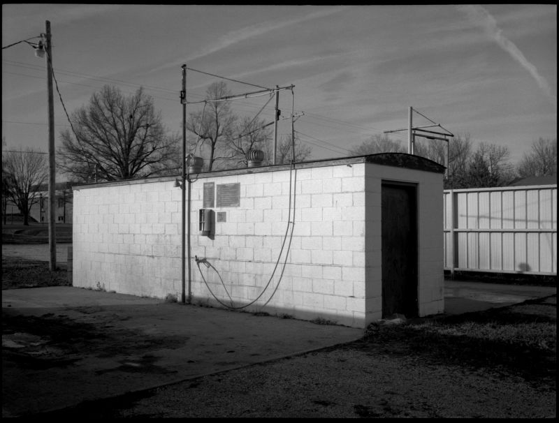 carwash - archie, missouri - b&w photo